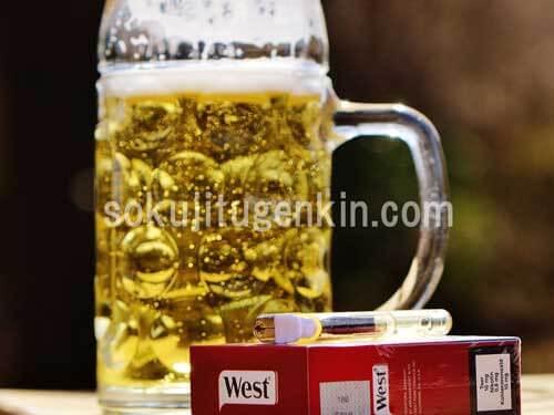飲み始めのビールとタバコ